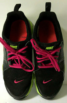 Ladies Nike Size 6 Running Shoes EUC Black with Hot Pink Trim - $15.19