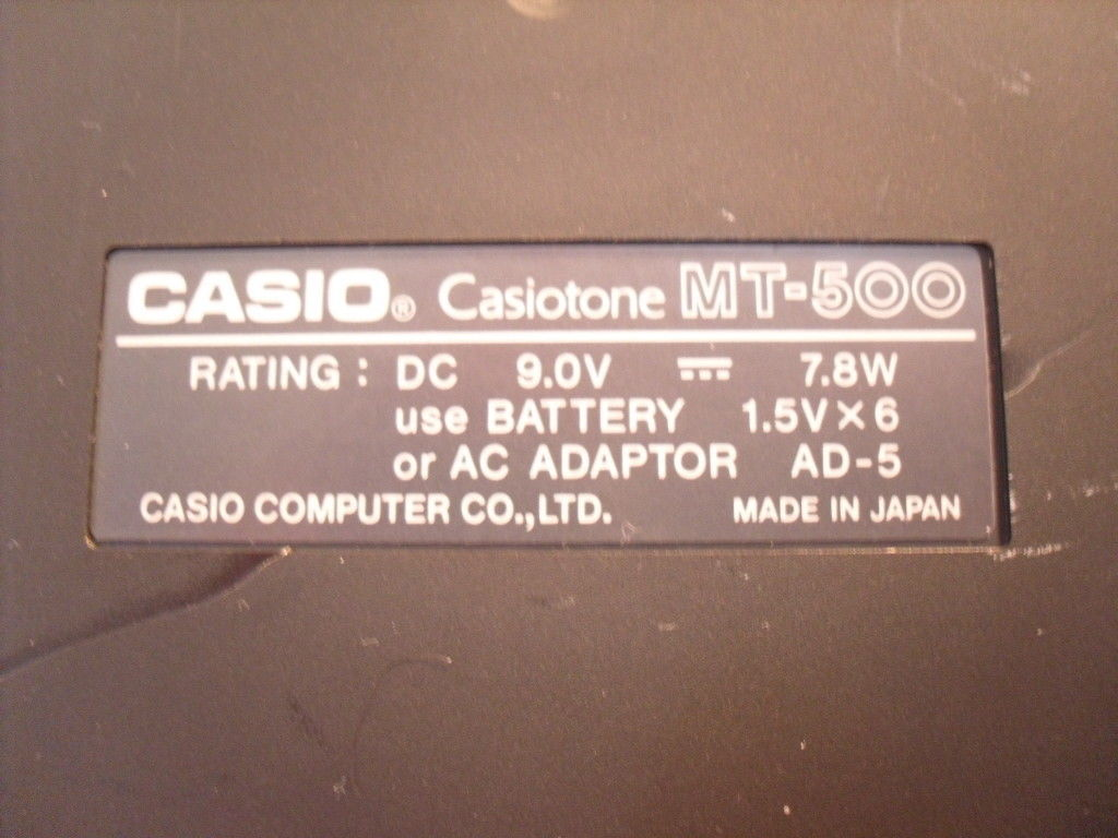 Casio CASIOTONE MT-500 Electronic Keyboard with Super Drums and Drum Pads