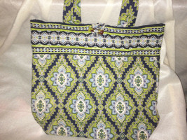 Vera Bradley BUTTON LOOP Tote in CAMBRIDGE, Super Pre Owned Condition - $29.39