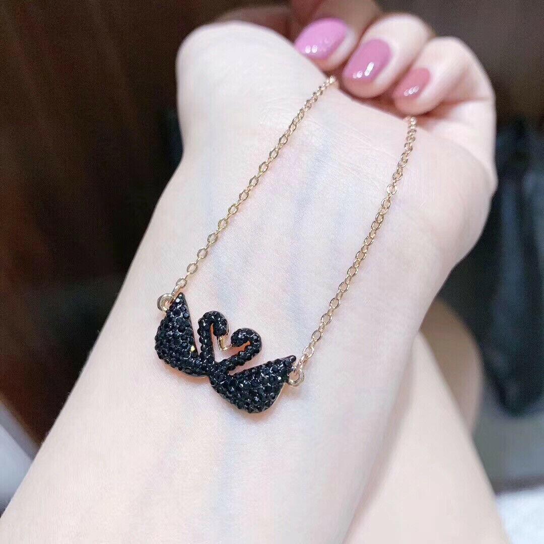 Swarovski ICONIC SWAN Double Swan Necklace pendant jewelry gift