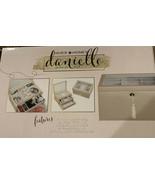 Hives and honey Danielle jewelry box, Stylish Leather Fully Locking, NEW - $43.60