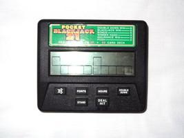 Radica Pocket Blackjack 21 #1350 Electronic Handheld Game Travel Dealer stand 17 - $9.54