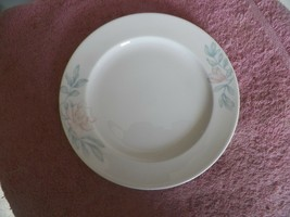 Lenox Plantation blosssom luncheon plate 8 available - $4.31