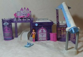 Mattel Polly Pocket Glitter Winter Ski Lodge & Castle 2004 Doll House Christmas - $39.59