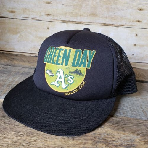 Green Day Oakland A's Cap Hat Snapback Size 58cm Mesh Trucker NOS