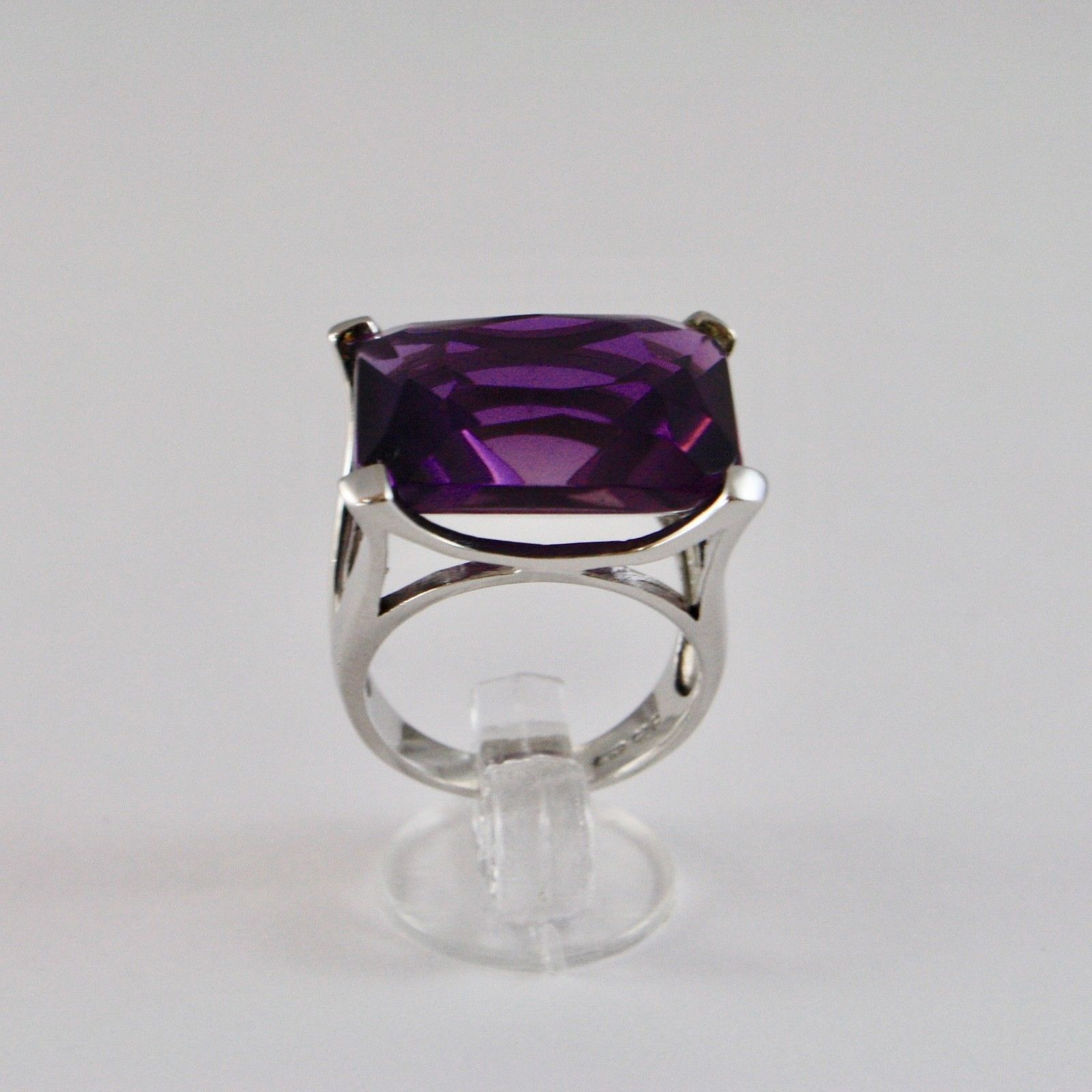 925 SILVER RING RHODIUM WITH SQUARE WITH CRYSTAL PURPLE RECTANGULAR