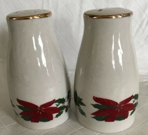 Primary image for Gibson Everyday China Poinsettia Salt & Pepper Shakers Holiday Gold Trim Unused