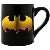 Batman Gold Logo 14 Ounce Mug Black - $19.98