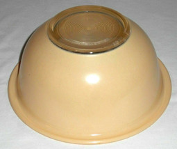 Vintage PYREX Autumn Rainbow Ivory Beige Clear Bottom Nesting Mixing Bowl - $14.84