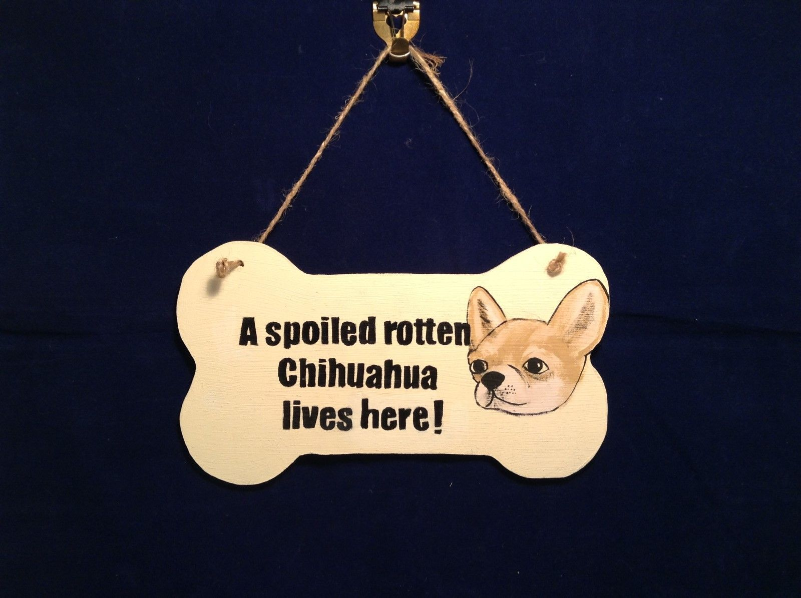 NEW Elfworks Lane Bone Shaped Chihuahua Sign Made in USA