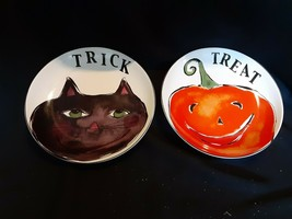 "Rosanna Halloween Plates~""Trick"" Smirking Cat & ""Treat"" Smiling Pumpkin~8"" Round - $22.76"