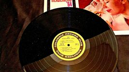 The Headliners '64  Record AA20-RC2138 Vintage image 4