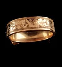Antique Victorian bracelet / vintage hinged bangle / wedding Gold bracel... - $275.00