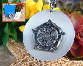 Vintage Tudor Rose Medallion Pendant Necklace Towle Silversmith Pewter - $18.95