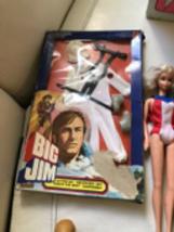 1976 Big Jim Tenute Far West Nrfb And Vintage Ken And Barbies In 1982 Trunk - $98.99