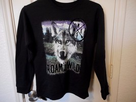 Boys Hanes Long Sleeve Sweat Shirt Black Wolf Roam Free Size X-Large 14/16 - $9.30
