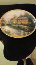 Thomas Kinkade Commemorative Plate (Lamplight Inn) - $25.00