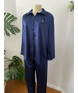 Vintage VANITY FAIR Pajamas Navy Lace Satin Top Bottom Pants Shirt Linge... - $34.64