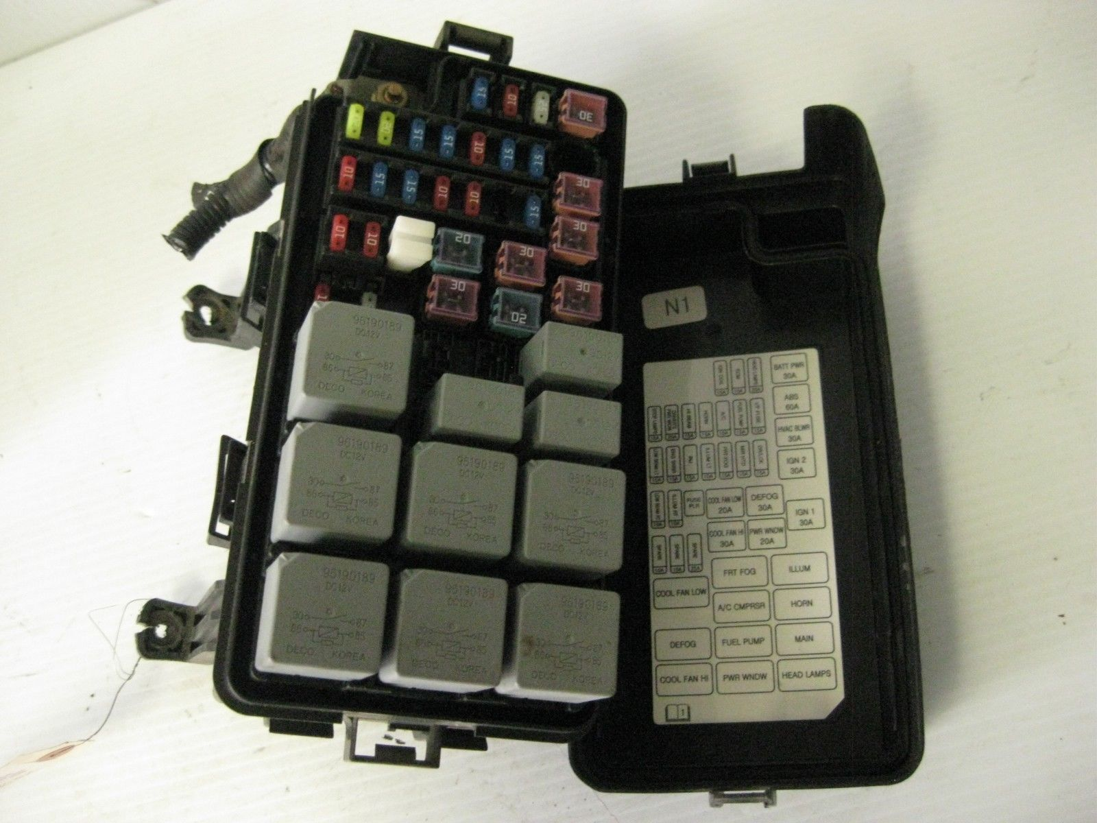 suzuki forenza 2005 engine fuse box oem
