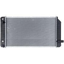 RADIATOR GM3010140 FITS 92 93 SKYLARK ACHIEVA GRAND AM 2.3 L4 3.3 V6 image 3