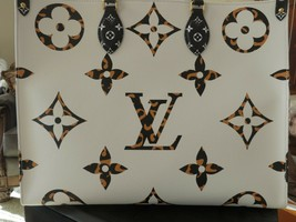 LOUIS VUITTON Ivoire Monogram Geant Giant Jungle Canvas OnTheGo Bag - $3,608.90