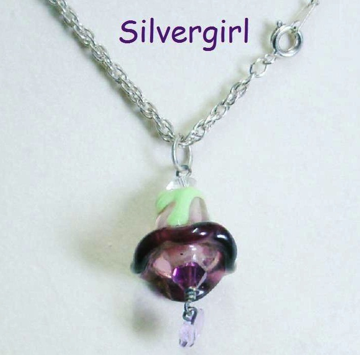 Glass Crystal Hand made Flower Pendant Necklace