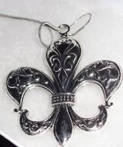 Large Silver Tone Metal Fleur De Lis Pendant Necklace NEW Saints .925 Chain - $10.40