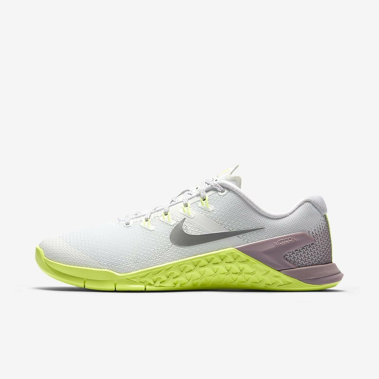 new product d6d47 aa7de MUJER Nike Metcon 4 Zapatos Blanco Plata and 50 similar items