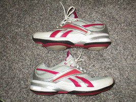 Reebok Easy Tone Athletic Shoes, Women's Size 9, White, Gray, and Pink - $21.49