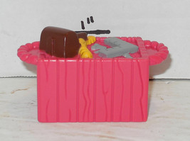 Fisher Price Current Little People Noahs Ark Accessory Pink Basket FPLP - $5.00