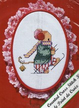 Vintage New Berlin Counted Cross Stitch Kit Christmas Mouse Lace with Hoop - $12.61