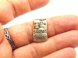 Sterling Silver Spool Of Thread Sewing Charm Pendant Sacred Stitches Vin... - €17,79 EUR