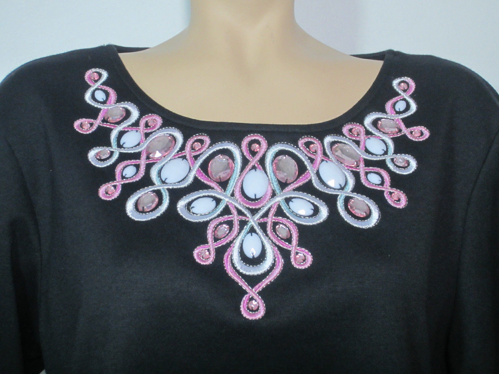 a42e2eabd0c551 Bob Mackie Wearable Art Women s Shirt Large and 50 similar items. 57