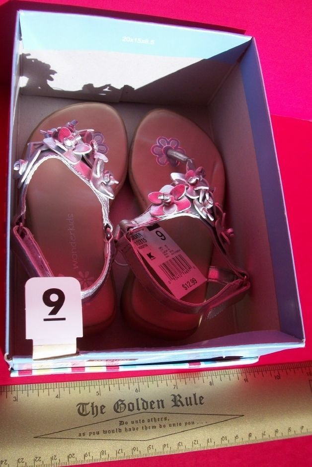 Wonder Kids Baby Shoes Size 9 Medium Toddler Silver Rosetta Sandals Footwear Box