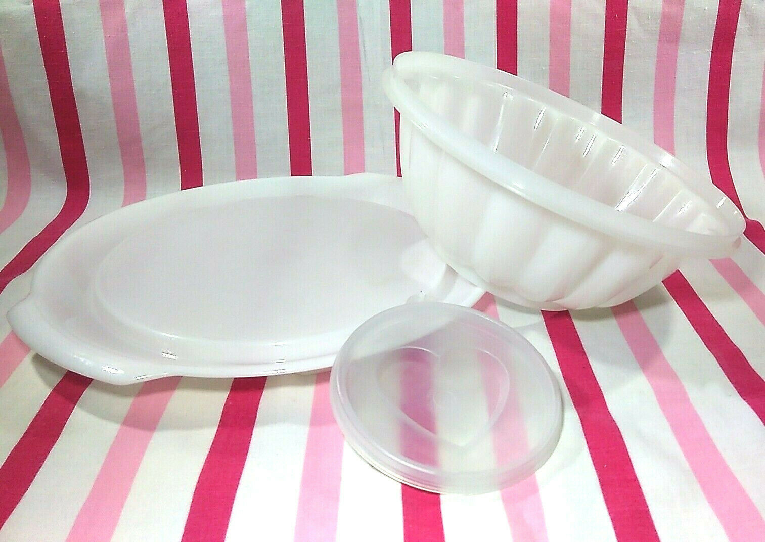 FUN Vintage Tupperware Jel-N-Serve Mold With White Tray and Heart Design Top