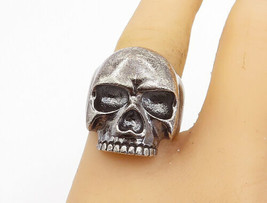 925 Sterling Silver - Vintage Sculpted Skull Head Motif Band Ring Sz 8.5... - €75,21 EUR
