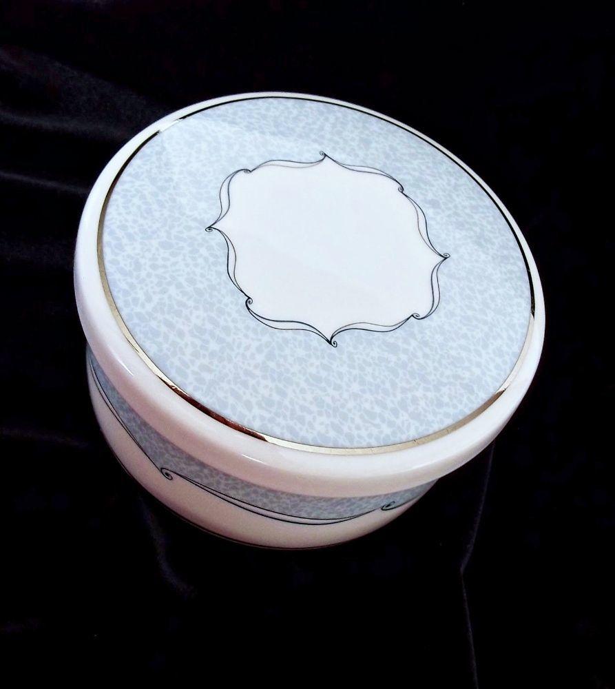 "Wedgwood VENICE Pattern Powder Trinket Box Bone China in Box  4"" in Diameter - $12.99"