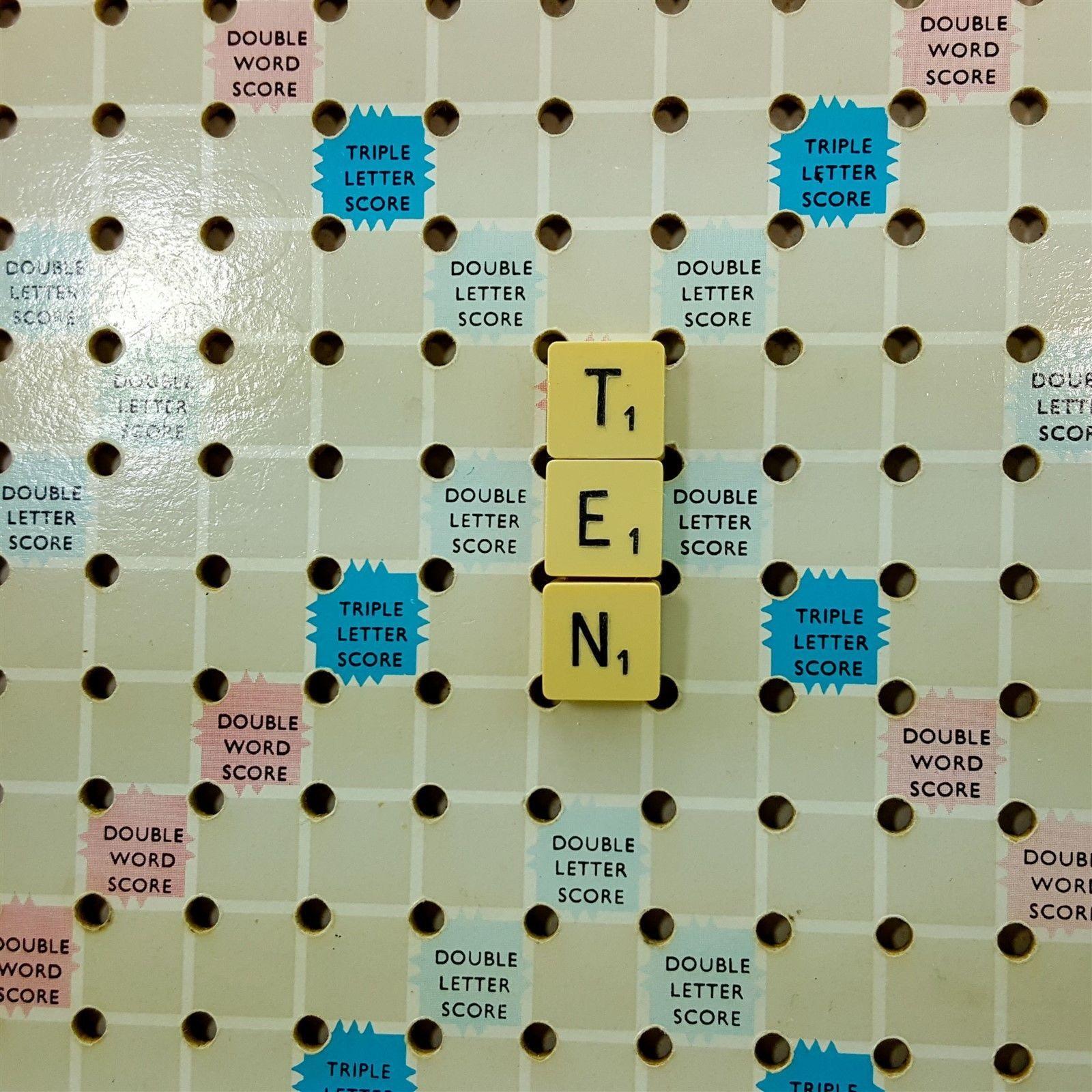 Vintage Travel Scrabble 70