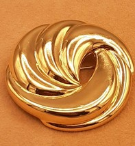 vintage napier swirl gold tone brooch - $5.64