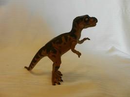 Jurassic Park Lost World Young T-Rex JP42 Dinosaur Figurine - $44.55