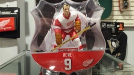 "2017-18 NHL Detroit Red Wings Gordie Howe 6"" Figure by Imports Dragon - $34.29"