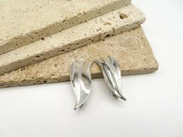 Vintage Cathe Silver Mixed Texture Modernist Leaf Ear Climber Clip Earri... - $16.99