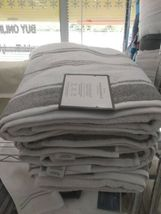"""Threshold Performance Bath Towel Classic Grey Cotton 30"""" x 54""""  NEW WITH TAGS image 3"""