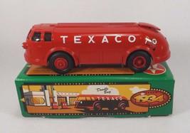 Vintage 1994 Ertl Texaco 1934 Diamond T Tanker Metal Bank Nib With Papers - $10.99