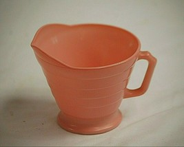 "Moderntone Platonite Pastel Pink by Hazel-Atlas 3-1/8"" Footed Creamer Mi... - $14.84"