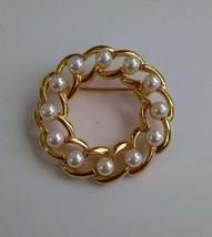 "Napier Gold Tone Faux Pearl Circle Brooch Pin 1.5"" Wreath Nice - $9.67"