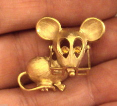 Avon Spectacular Mouse Pin Glasses Move Rhinestone Eyes Figural Brooch VTG 1970s - $19.76