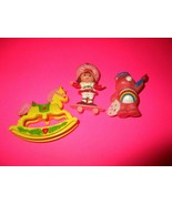 "Lot of Vintage Strawberry Shortcake 2""  Figuries Rocking Horse,Skateboar... - $20.00"