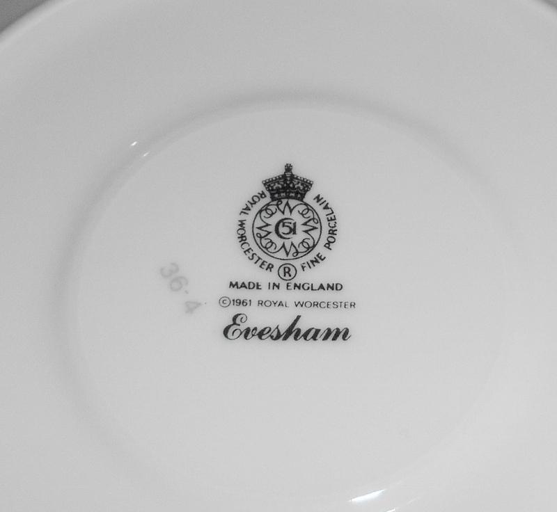 Royal Worcester Evesham Gold Cups & Saucers ~ Set of 6 ~ Fine English Porcelain