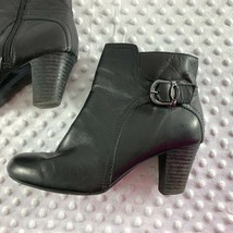Clarks Sz 8 M Womens Black Side Zip Ankle Booties Shoes image 2